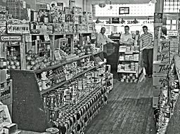 1940s grocery store